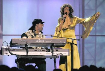 diva Whitney Houston & Genius Stevie Wonder